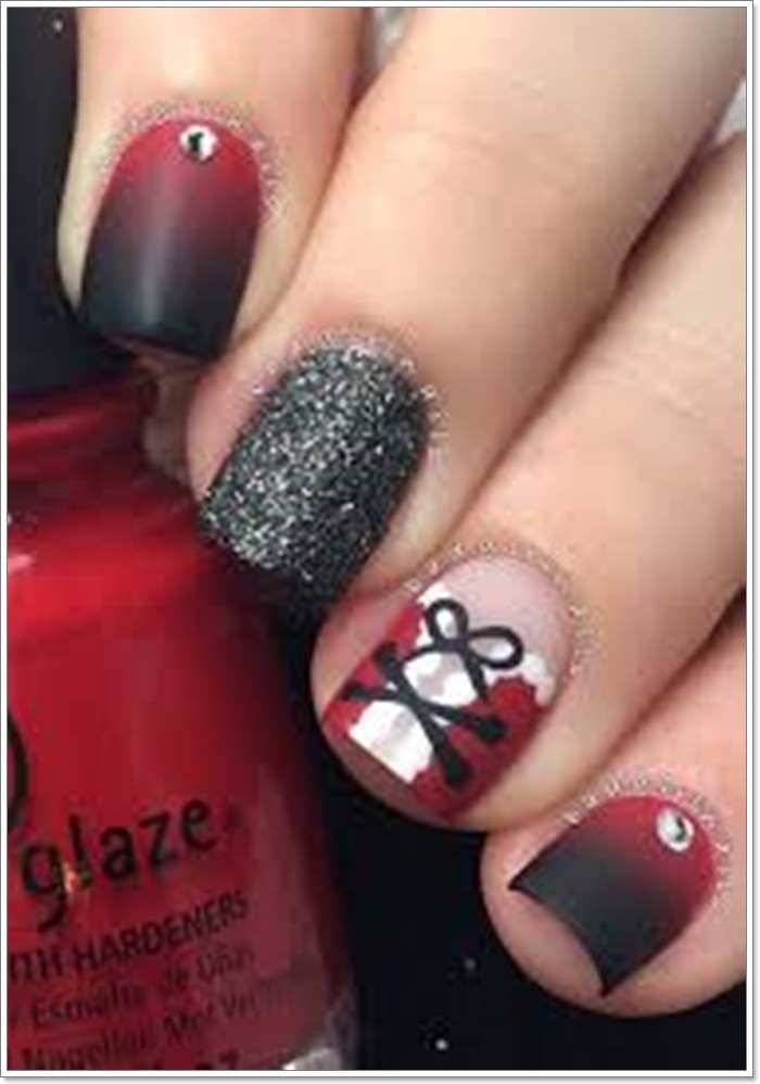 116 Festive And Fun Christmas Nails To Try In 2019